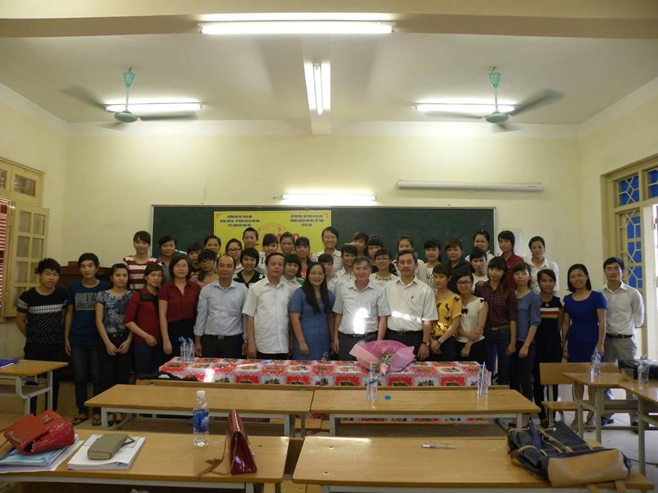 Bế giảng Lớp bồi dưỡng nghiệp vụ chức danh công chức văn hóa – xã hội khóa II